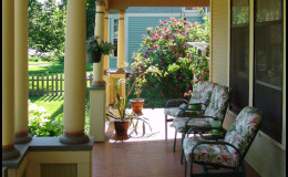 PIERCE-DESMOINES-PORCH